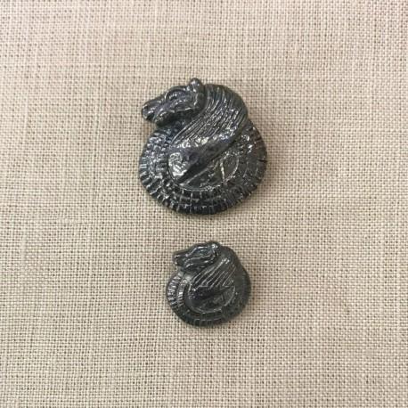 Metal Button Antik Ram, col. Bright Pewter