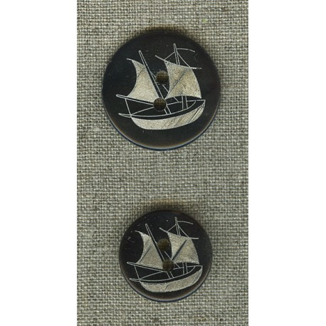 Ebony mother-of-pearl with boat engraving