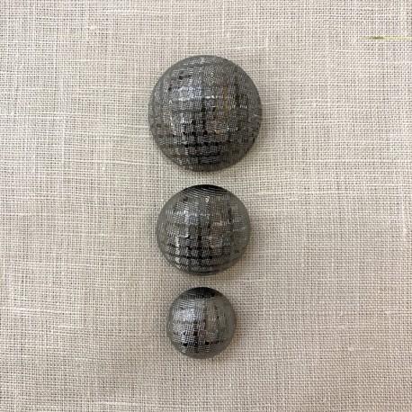 Metal Button Très Chic, col. Platinium