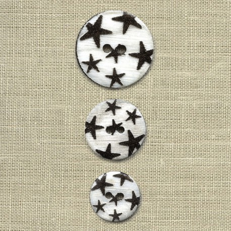 Engraved mother-of-pearl button Rain of stars, col. Carbone