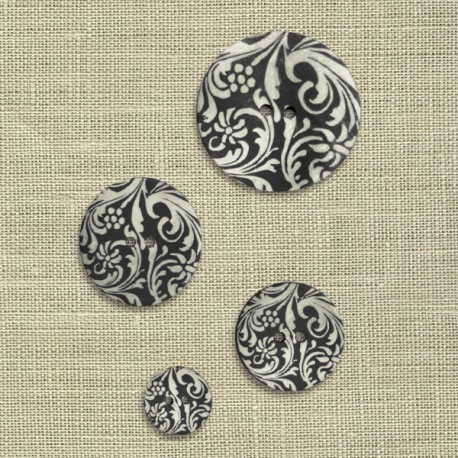 Engraved mother-of-pearl button Arabesque, col. Coal