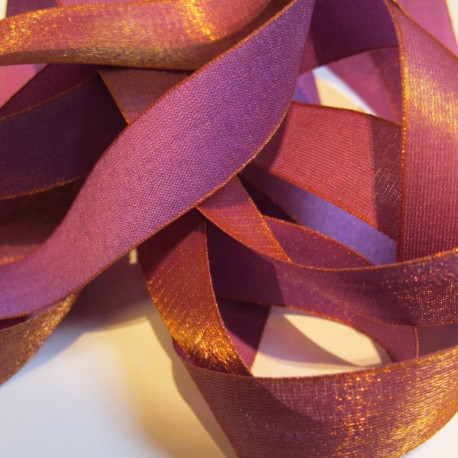 Iridescent taffeta ribbon, col. Purple 1