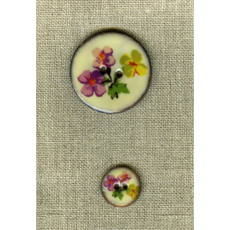 Enamelled coconut button, col. Island flowers 1