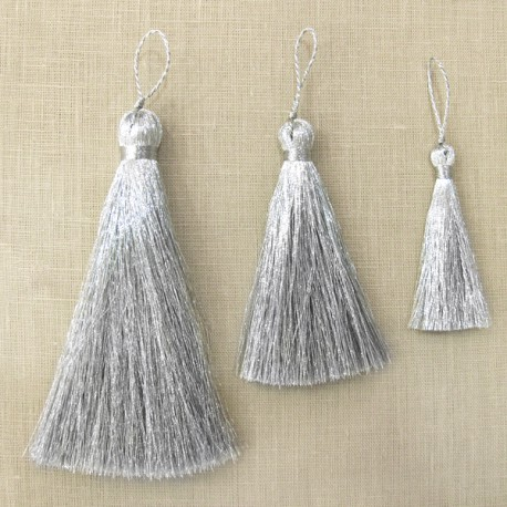 Tassel Party, col. Silver
