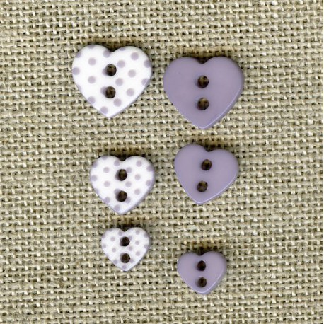 Heart engraved dots children button, col. Marshmallow