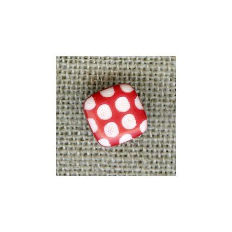 Bouton enfant carré gravé pois blancs, col. Coquelicot