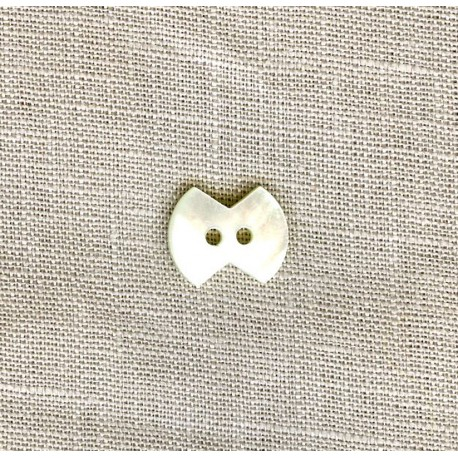 Knot-Knot Mother-of-pearl shirt button
