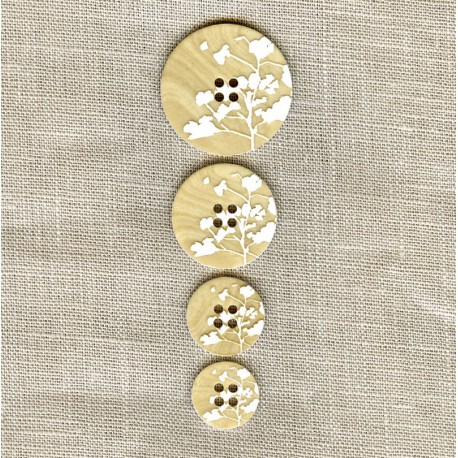 Engraved wood Button Bloom, col. Natural/ White