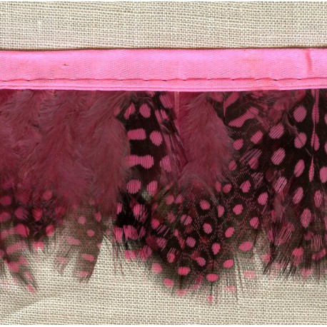Strip of feathers Speckled on satin Ribbon, col. Candy 74