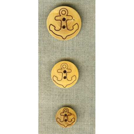 Wooden children's button with anchor engraving