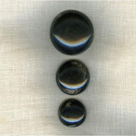 Bouton Bombé en Corne Noire