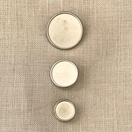 Pawn Metal Button, col. Light Silver