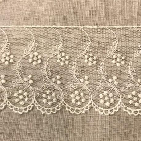 Embroidery Tulle Lace Fleurs perlées. Col, Ecru