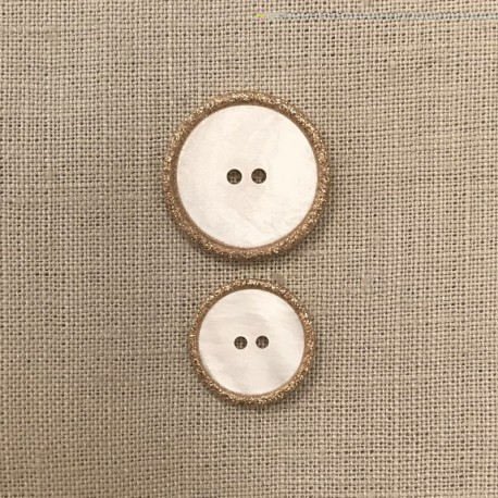 Enamelled White Mother of Pearl Button Rue Cambon, col. Glitter Or